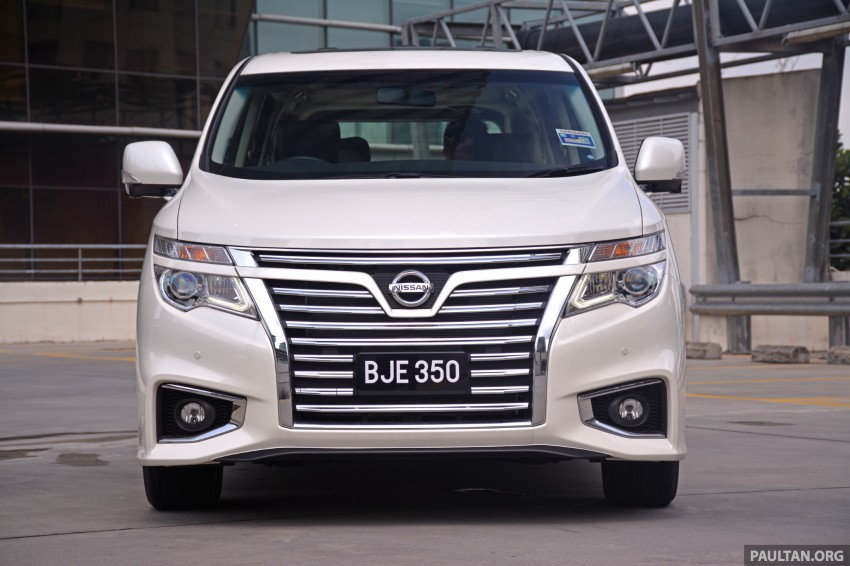 DRIVEN: 2014 Nissan Elgrand tested from every seat Image #255573