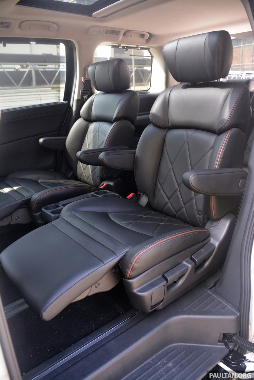 DRIVEN: 2014 Nissan Elgrand tested from every seat Image #255507