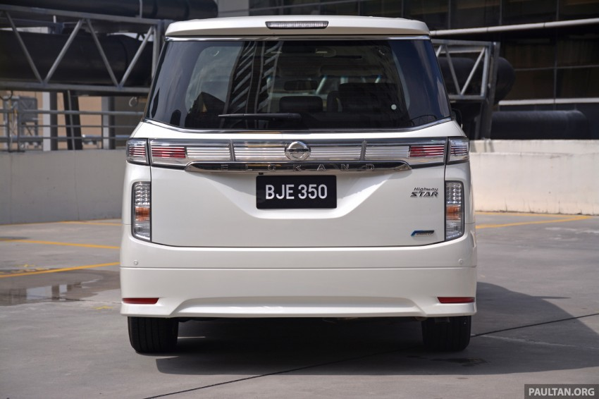 DRIVEN: 2014 Nissan Elgrand tested from every seat Image #255574