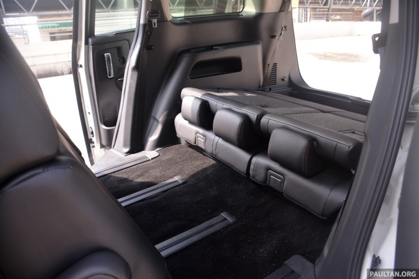 DRIVEN: 2014 Nissan Elgrand tested from every seat Image #255499