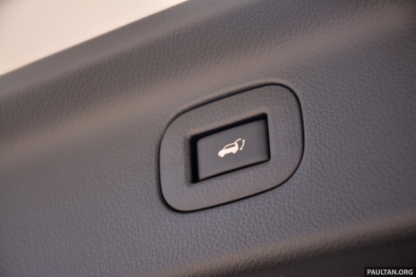 DRIVEN: 2014 Nissan Elgrand tested from every seat Image #255497
