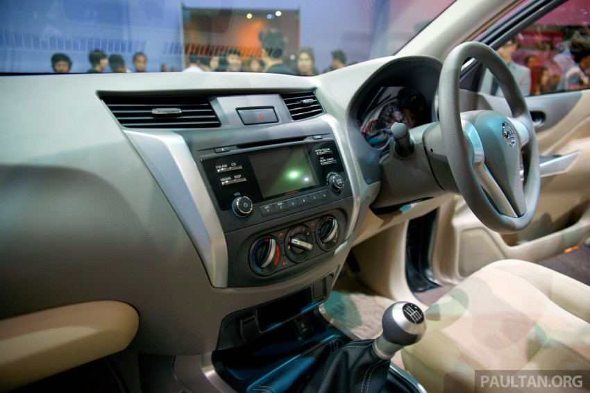 Nissan NP300 Navara unveiled in Thailand: 7spd auto! Image #253238