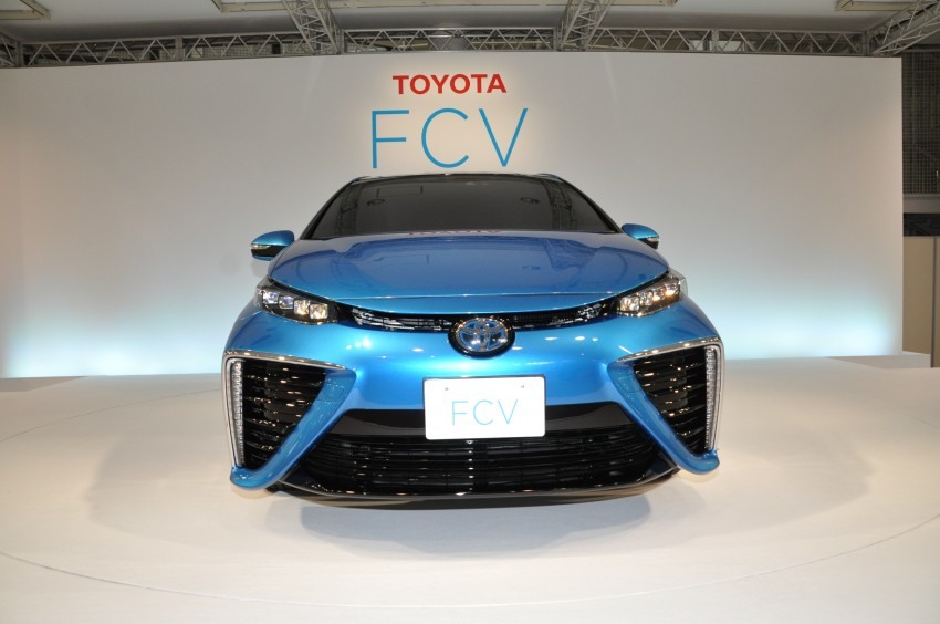 Toyota Fuel Cell Sedan unveiled – production version to go on sale in Japan in 2015, priced at US$69k Image #255776