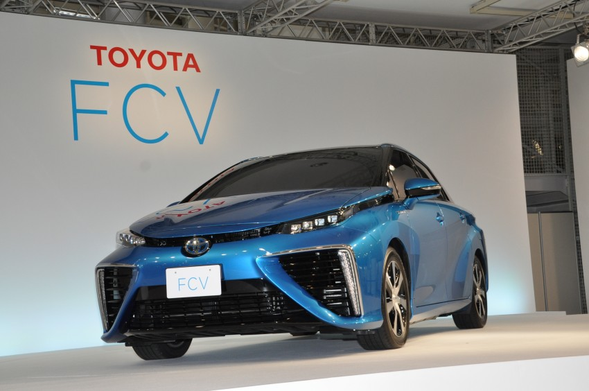 Toyota Fuel Cell Sedan unveiled – production version to go on sale in Japan in 2015, priced at US$69k Image #255783
