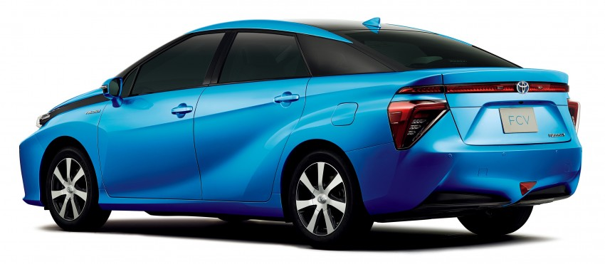 Toyota Fuel Cell Sedan unveiled – production version to go on sale in Japan in 2015, priced at US$69k Image #255764
