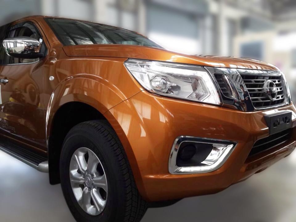 New Nissan Navara spyshots hit the web!