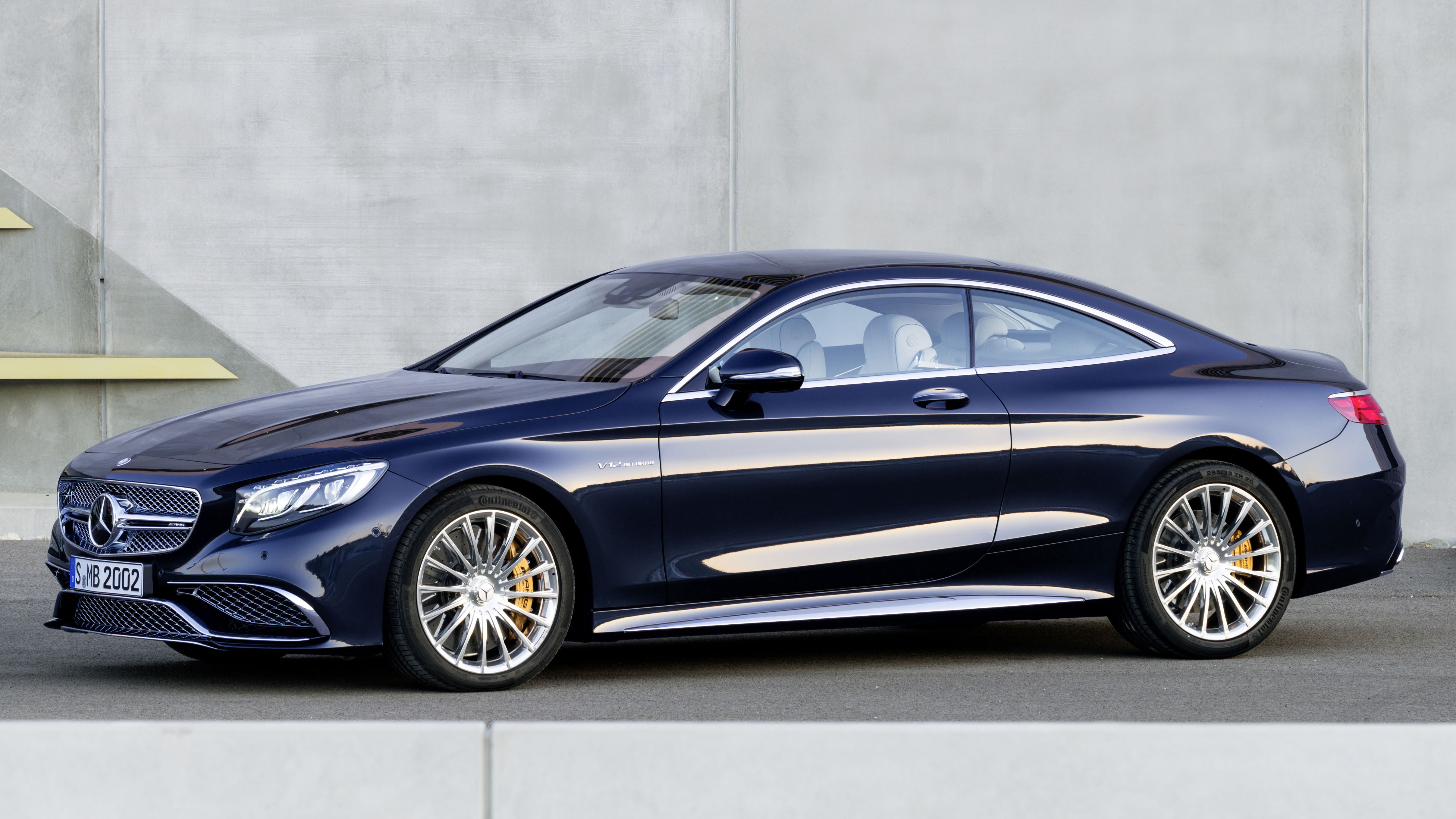 Mercedes Benz S 65 Amg Coupe Storms The Gates With 630 Ps