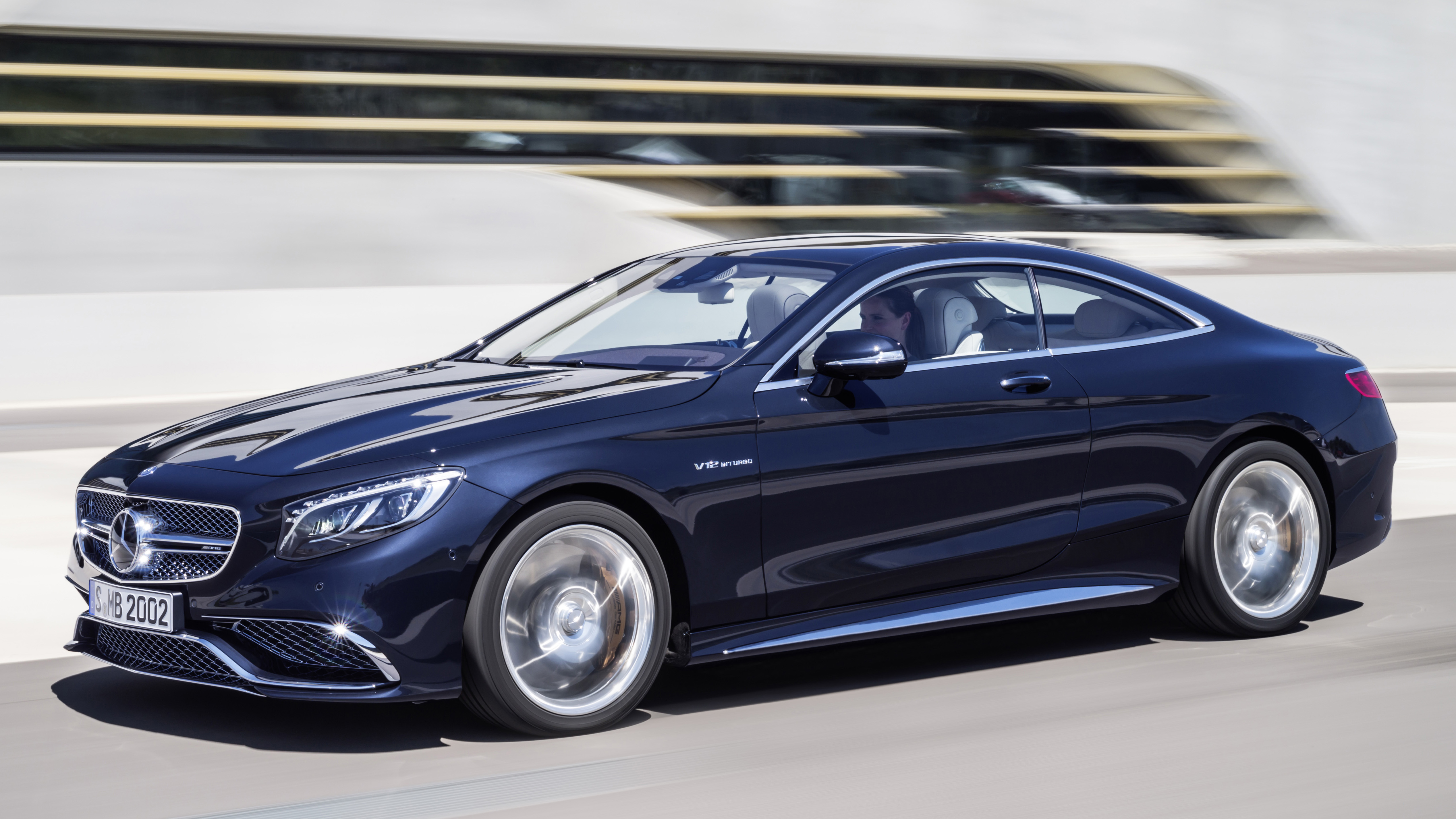 Mercedes-Benz S 65 AMG Coupe storms the gates with 630 PS, 1,000 Nm of V12 twist Image 258906