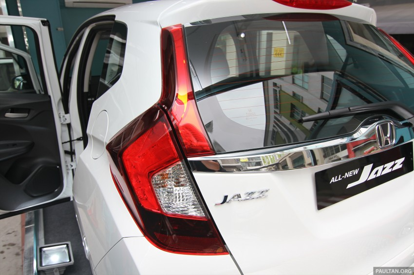 GALLERY: 2014 Honda Jazz previewed at roadshow Image #256288