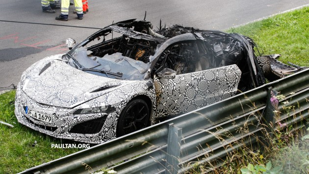 Honda-NSX-burnt-down-03