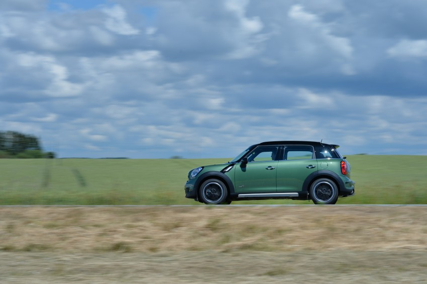 GALLERY: MINI Countryman, Paceman facelift detailed Image #258366