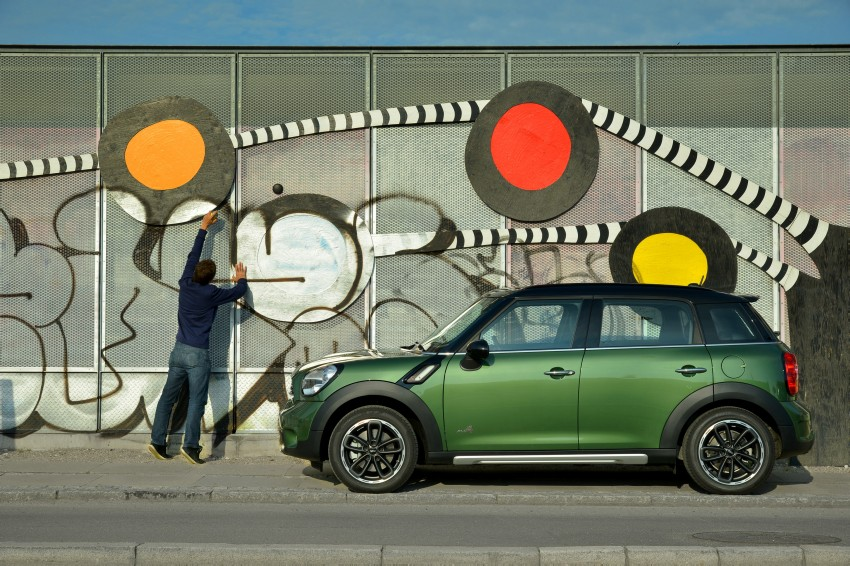 GALLERY: MINI Countryman, Paceman facelift detailed Image #258152