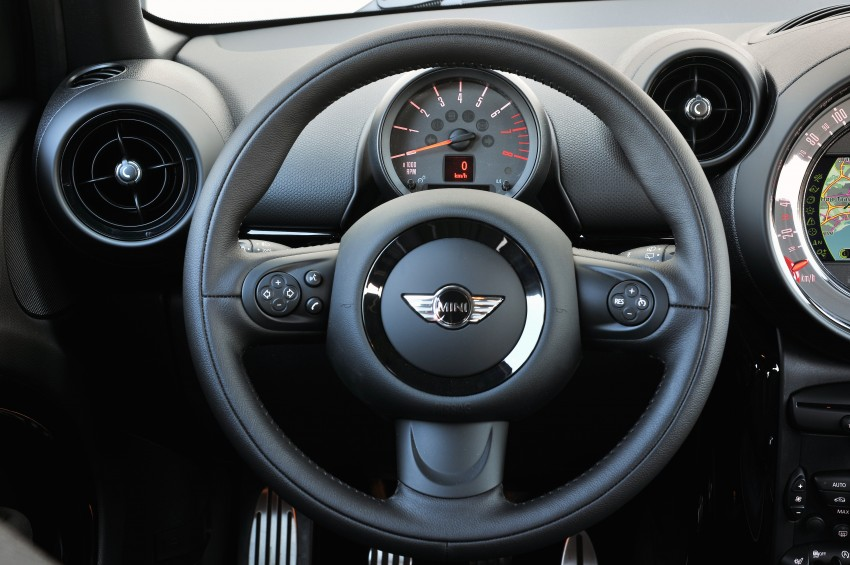 GALLERY: MINI Countryman, Paceman facelift detailed Image #258246