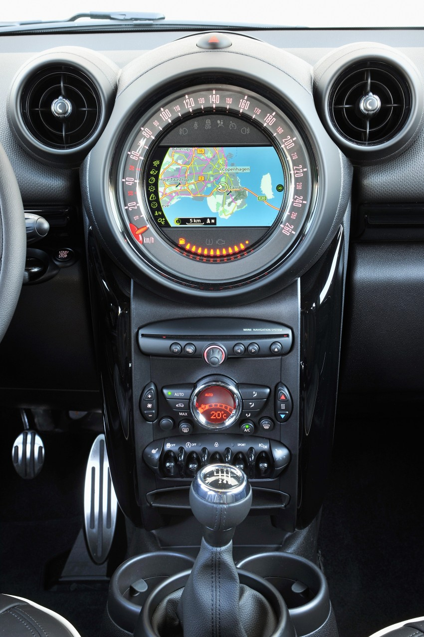 GALLERY: MINI Countryman, Paceman facelift detailed Image #258168