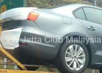 Volkswagen-Jetta-Facelift-Spyshot-0006