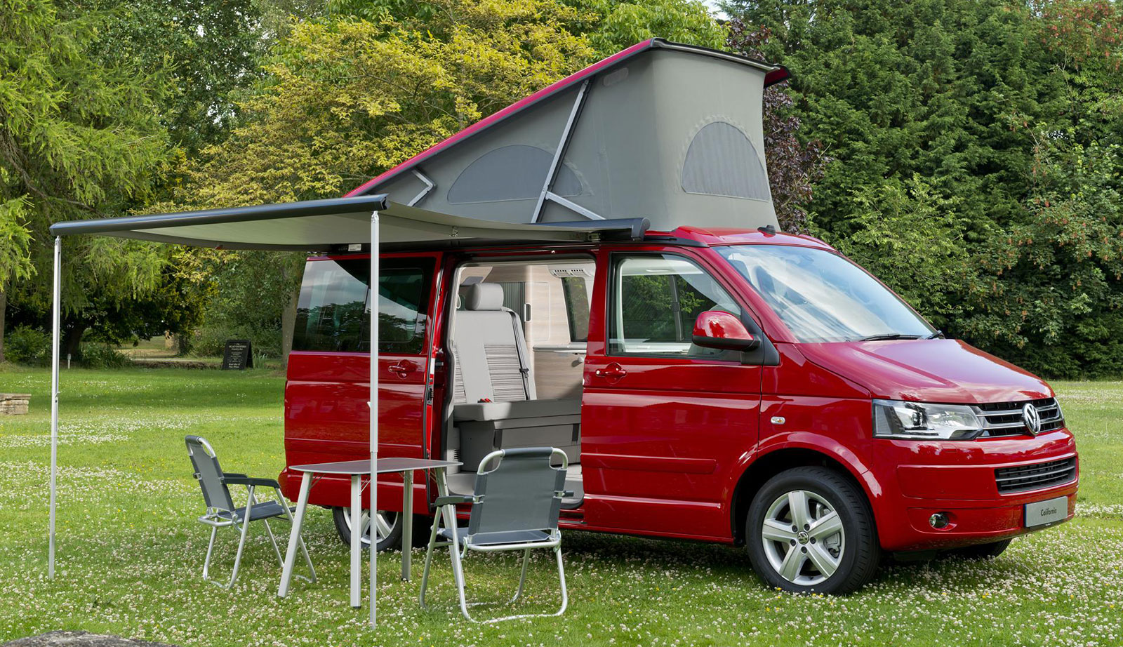 vw celebrates 50 000th t5 california camper van. Black Bedroom Furniture Sets. Home Design Ideas