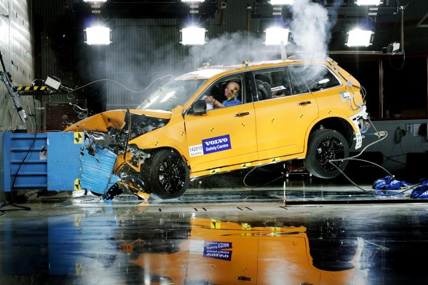 2015 Volvo XC90 – second-gen 7-seat SUV unveiled Image #266353