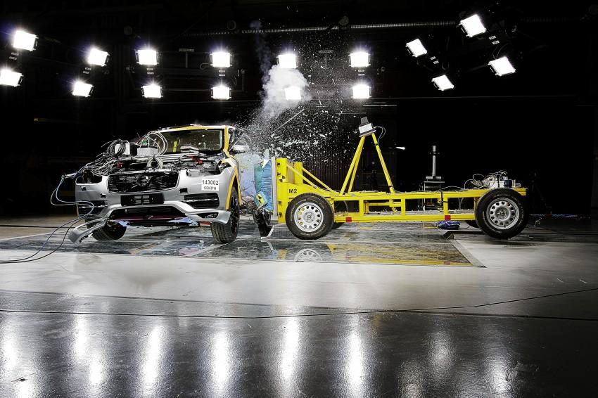 2015 Volvo XC90 – second-gen 7-seat SUV unveiled Image #266355
