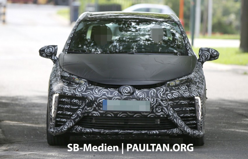 SPIED: 2015 Toyota Mirai hydrogen fuel cell 'future car' keeps Toyota FCV Concept's styling Image #264832
