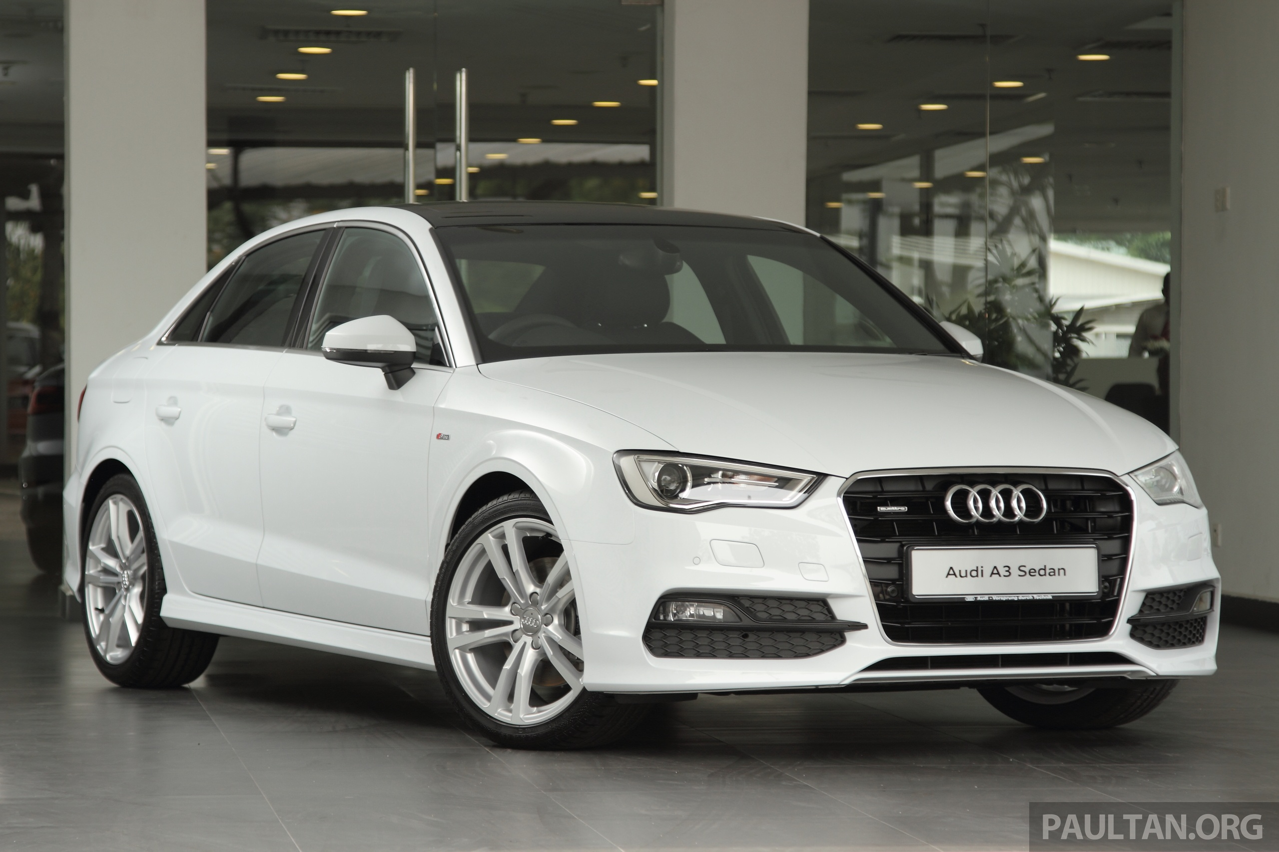 audi a3 sedan now with rm13k navigation option. Black Bedroom Furniture Sets. Home Design Ideas