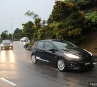 Driven_2014_ep6_Ford_Fiesta_EcoBoost_vs_Honda_Jazz_Hybrid_vs_Mitsubishi_Attrage_ 005
