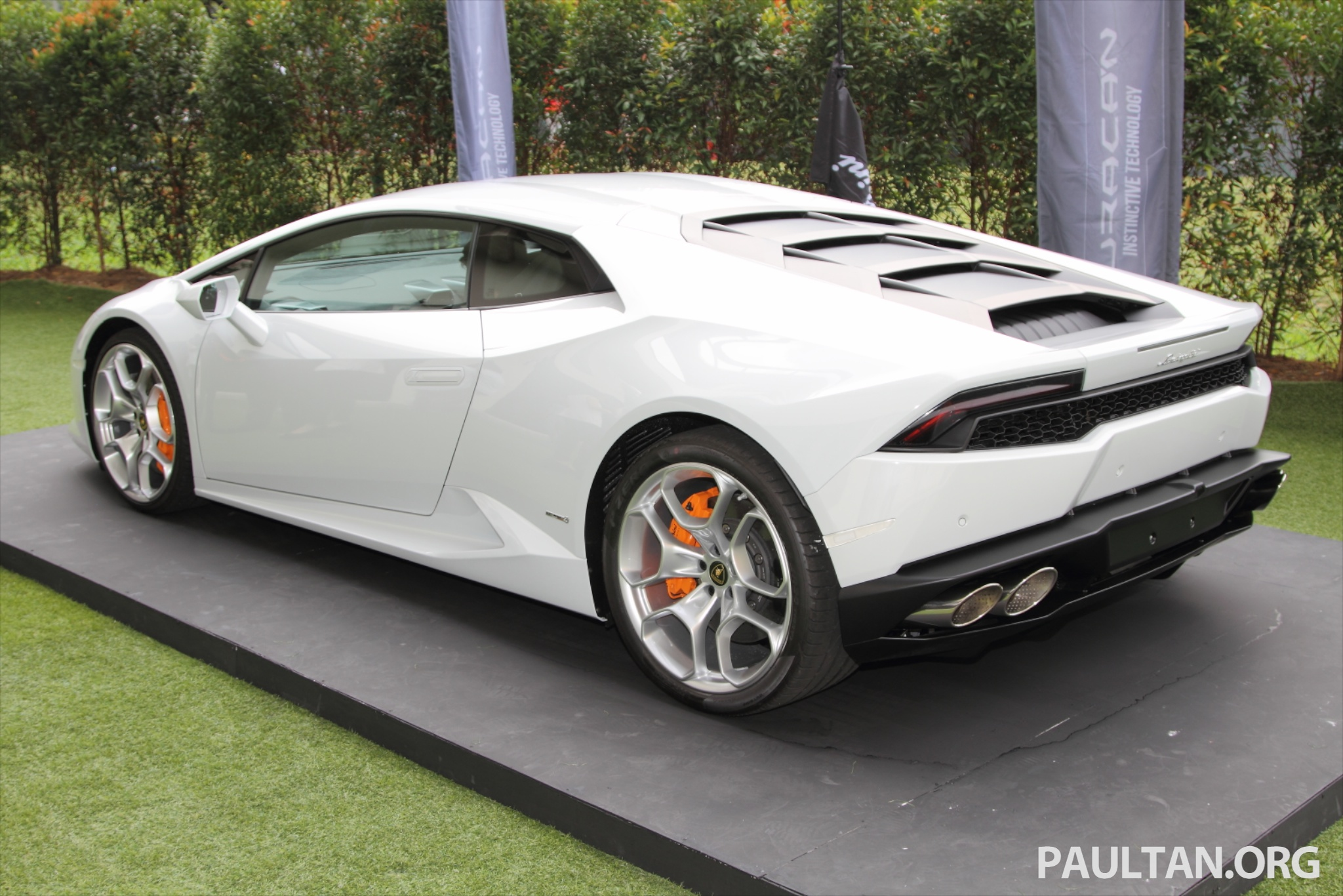 Lamborghini Huracan Lp 610 4 Launched In Malaysia Rm1 2 Million Tax Free Rm2 1 Million With