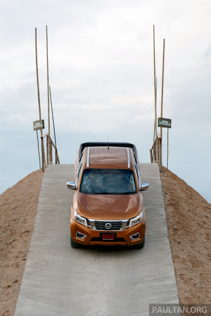 DRIVEN: 2015 Nissan NP300 Navara – 4×2 and 4×4 tested on and off the beaten track in Chiang Mai Image #261752