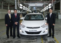 Official Rollout of the Hyundai Elantra for export (L-R Hideki Yanagisawa, Rizal Jailan and HK Kim)