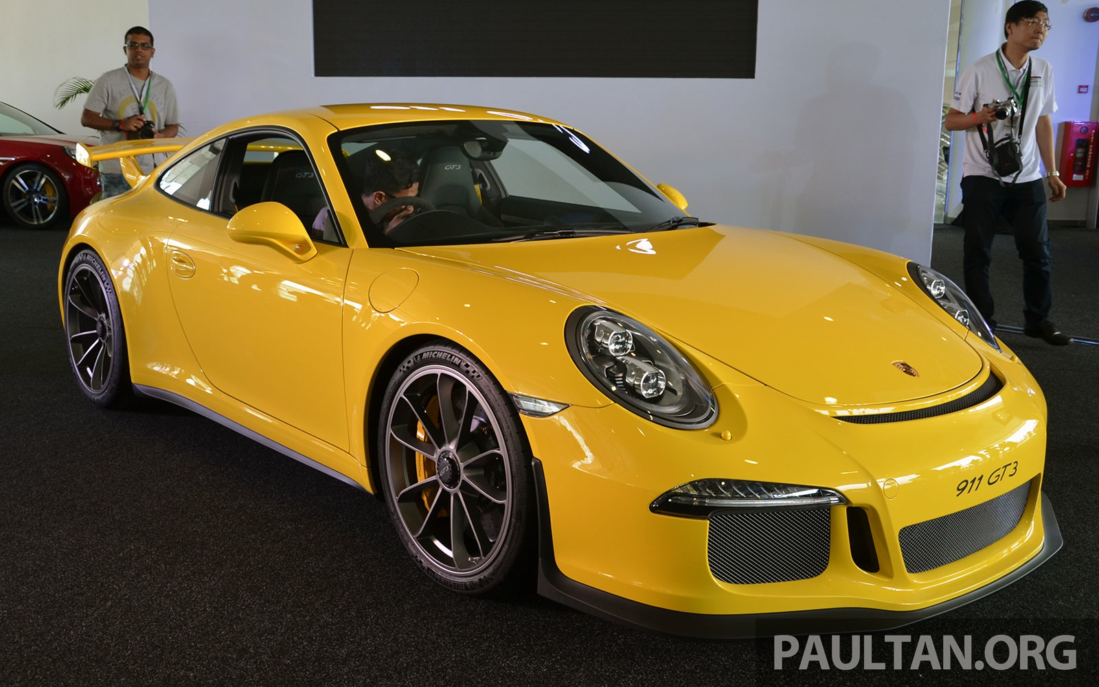 Porsche 911 Gt3 Launched In Malaysia Rm1 23 Mil Paultan Org