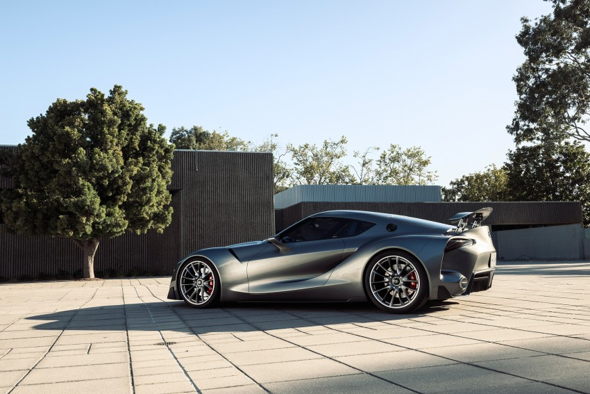 Toyota FT-1 Vision Gran Turismo virtual racer debuts Image #263555