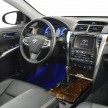 2014_CAMRY_INT_02