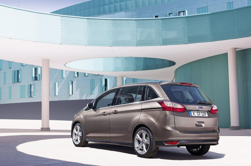 Ford C-MAX and Grand C-MAX – facelifted MPVs debut Image #272533