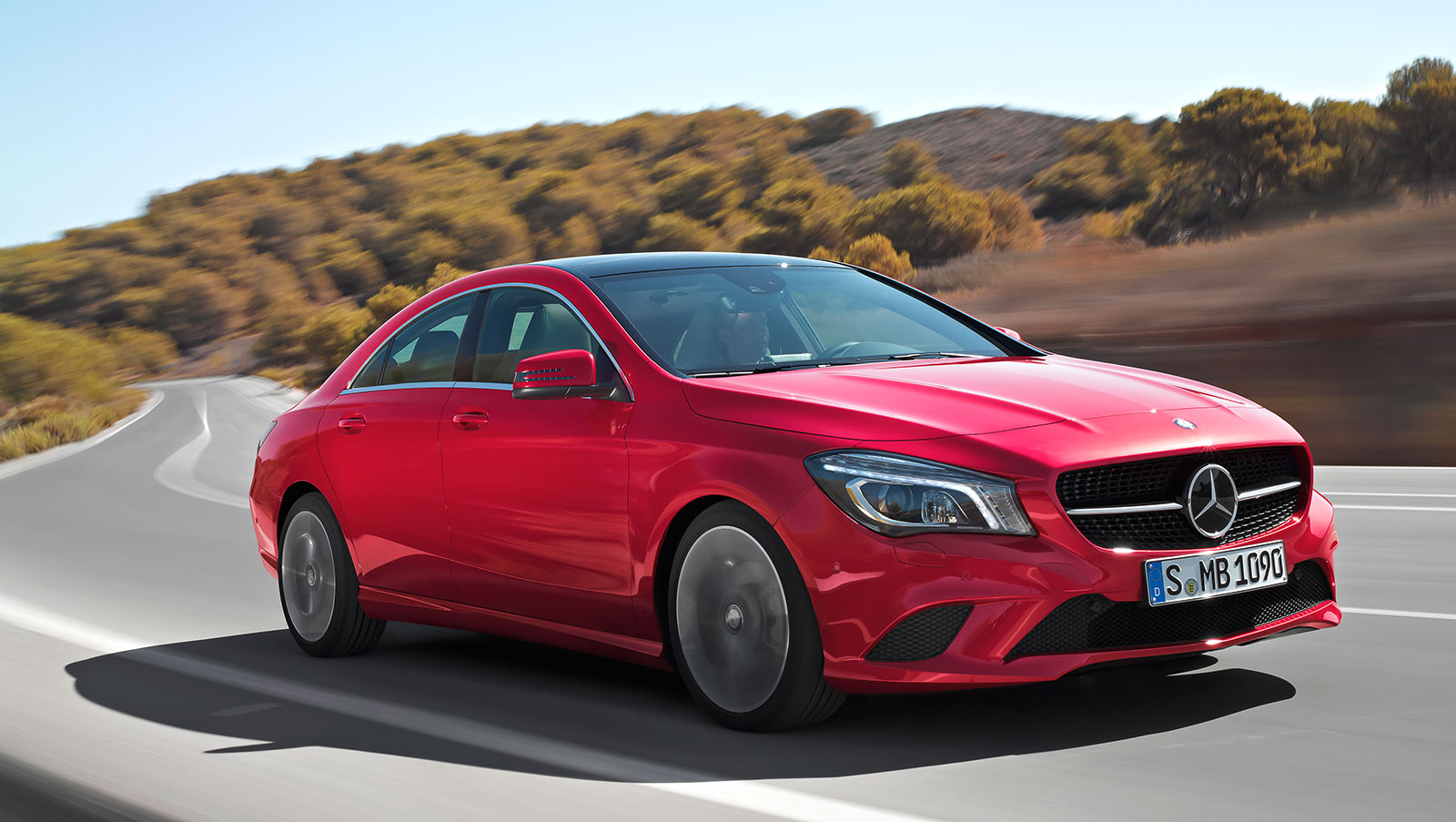 2015 mercedes benz cla new model year updates. Black Bedroom Furniture Sets. Home Design Ideas