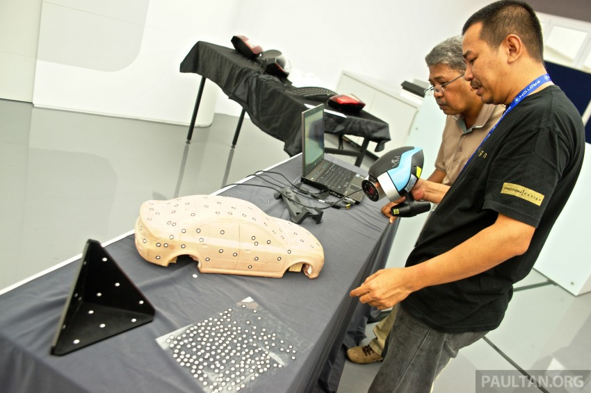 GALLERY: <em>Alami Proton</em> open day at Proton COE – test and win Proton Iriz, visit R&D facilities and factory Image #275888