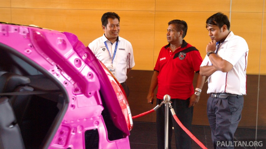 GALLERY: <em>Alami Proton</em> open day at Proton COE – test and win Proton Iriz, visit R&D facilities and factory Image #275883