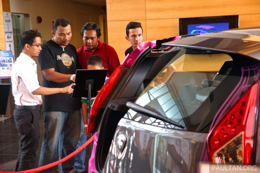 GALLERY: <em>Alami Proton</em> open day at Proton COE – test and win Proton Iriz, visit R&D facilities and factory Image #275884