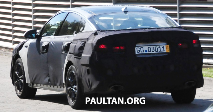 SPYSHOTS: Next-gen Kia Optima testing on track Image #268095