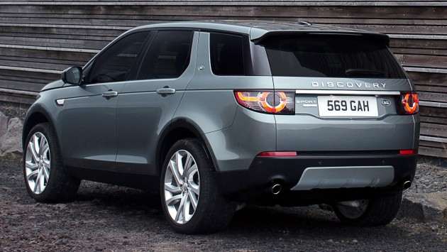 Land Rover Discovery Sport – 7-seat small SUV debuts
