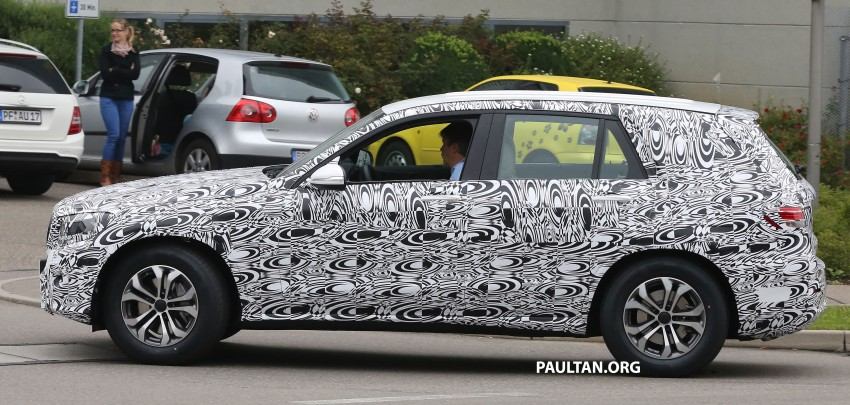 SPYSHOTS: Mercedes-Benz GLK prototype now wearing production headlamps and tail lamps Image #269191