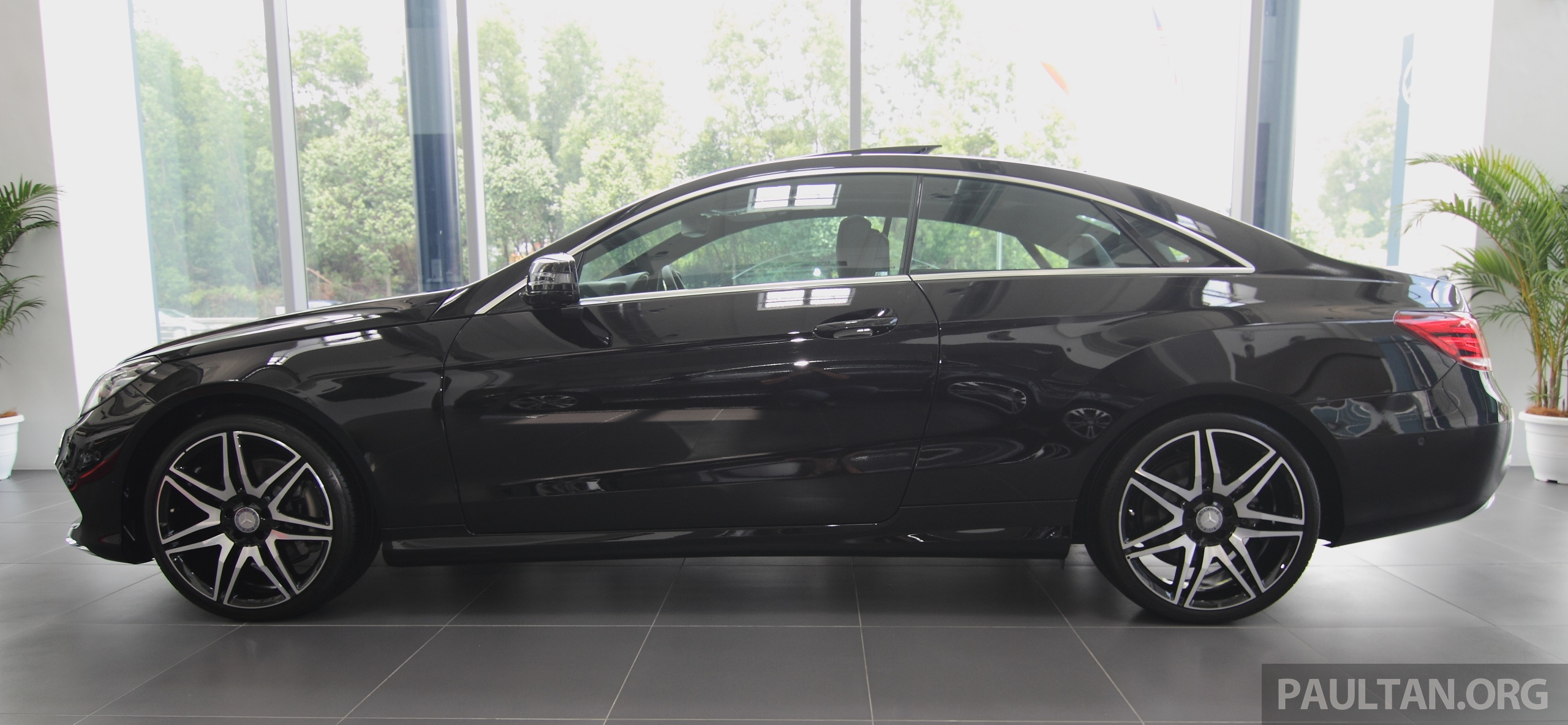 mercedes e 250 coupe facelift is here rm490 888 image 270918. Black Bedroom Furniture Sets. Home Design Ideas