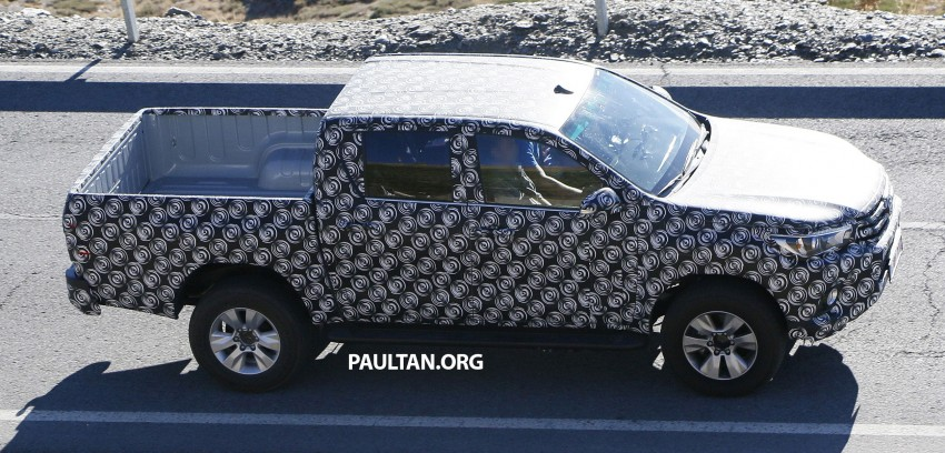 2015 Toyota Hilux spotted in Europe – clearer shots! Image #274216