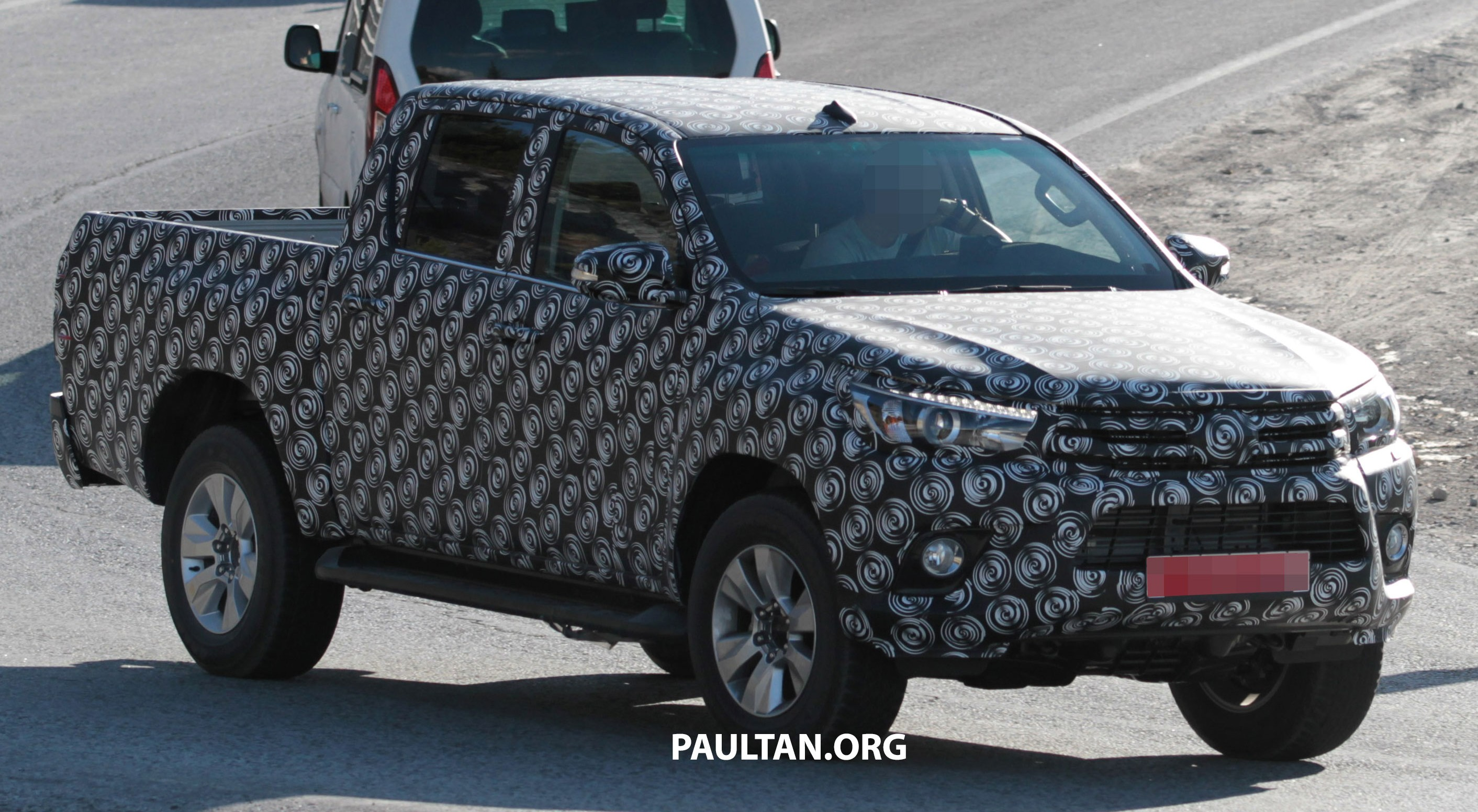2015 Toyota Hilux Spotted In Europe Clearer Shots Paul