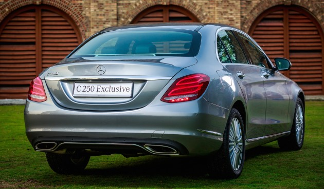 W205_Mercedes-Benz_C_250_Exclusive_Malaysia_027