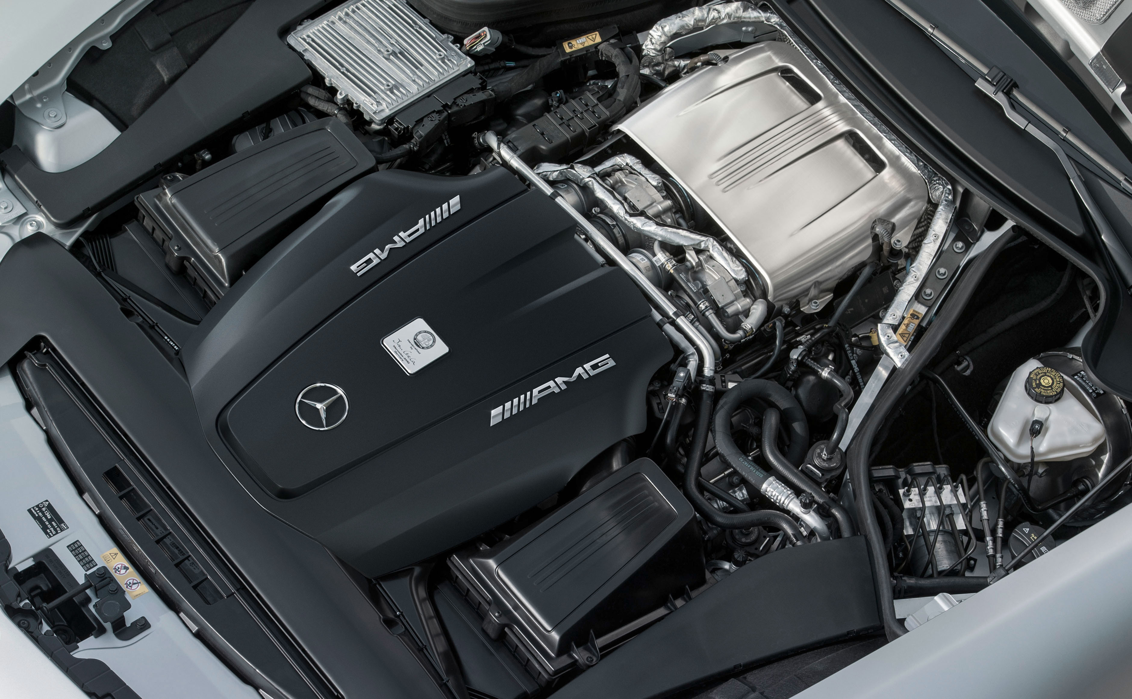 Mercedes Benz W205 C 63 Amg To Get 510 Hp 700 Nm
