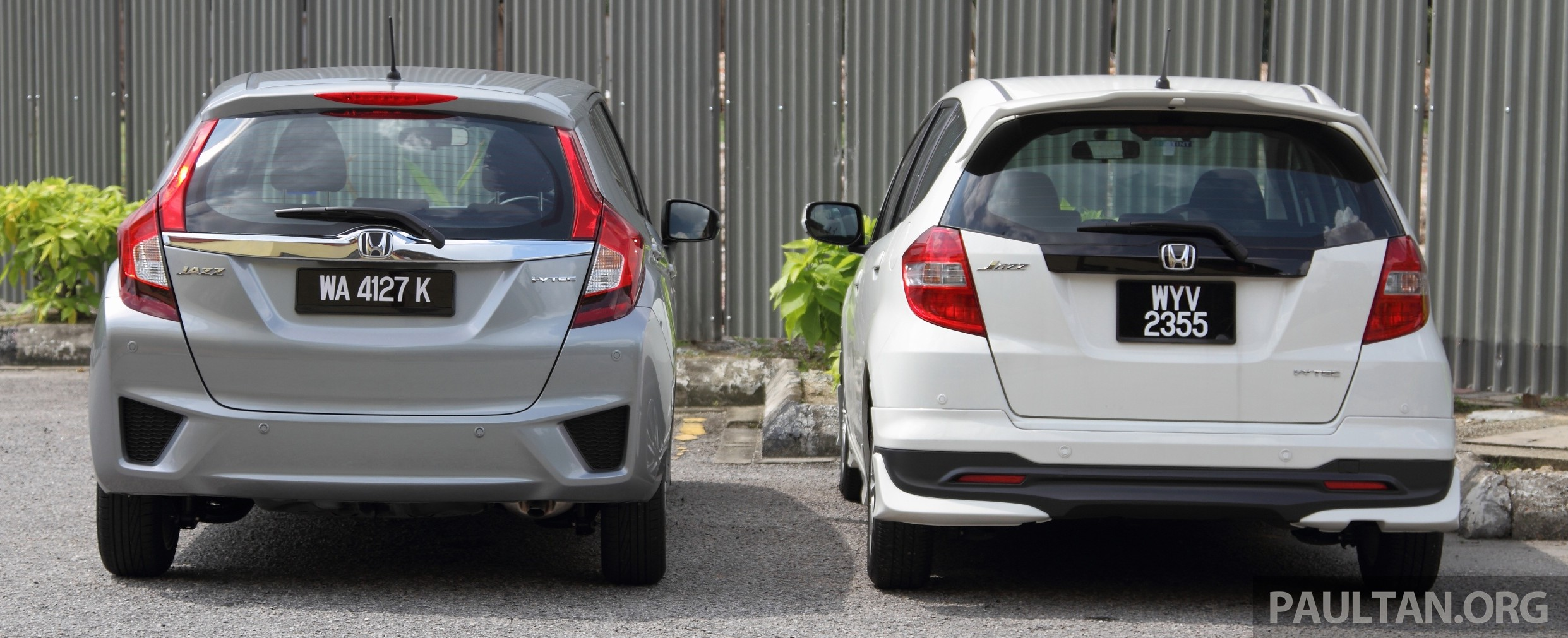 GALLERY: Old And New Honda Jazz, Side By Side Image #268630
