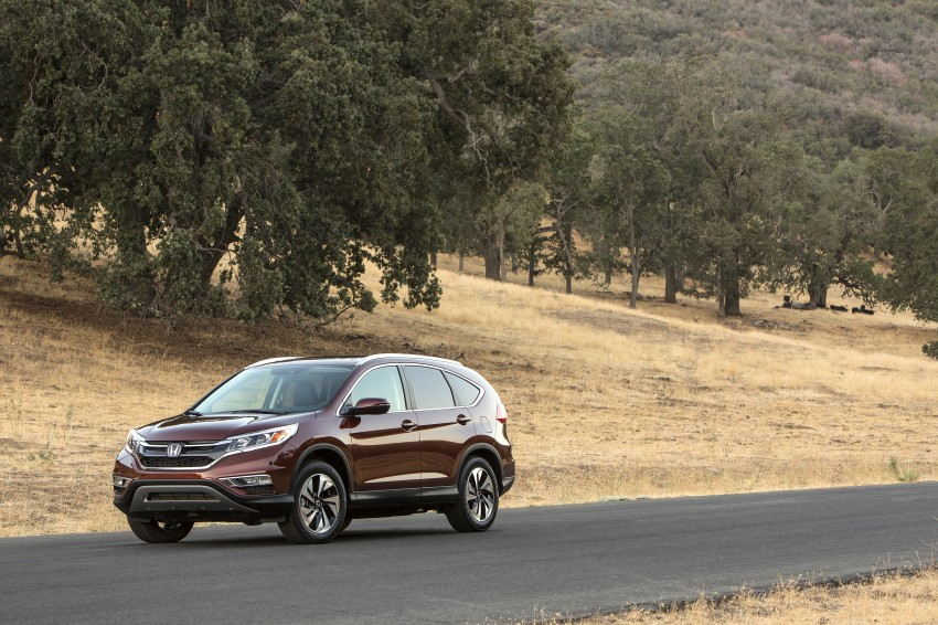 2015 Honda CR-V facelift – 2.4 i-VTEC with CVT for the US, and 1.6 i-DTEC with nine-speed auto for Europe Image #276681