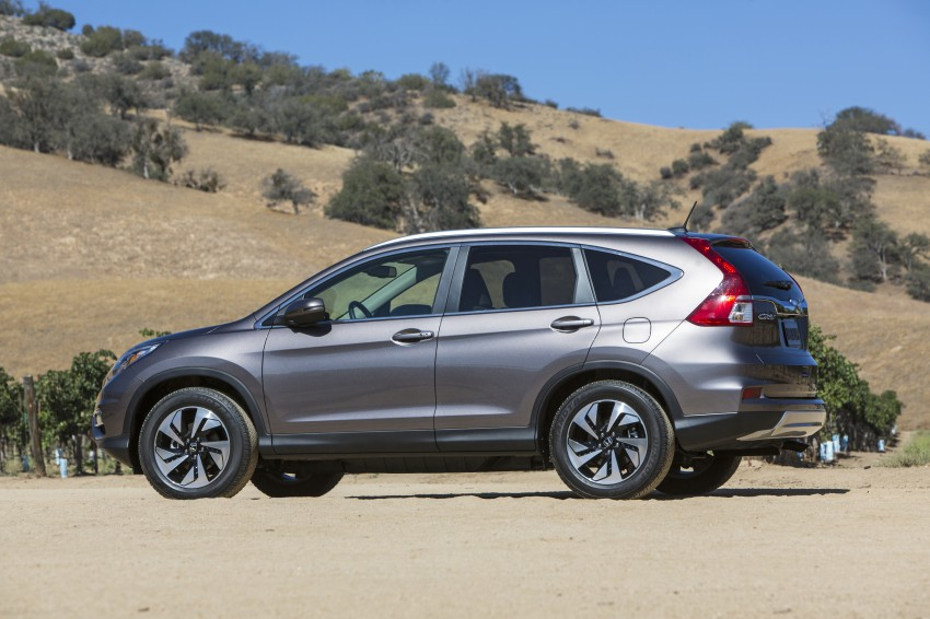 2015 Honda CR-V facelift – 2.4 i-VTEC with CVT for the US, and 1.6 i-DTEC with nine-speed auto for Europe Image #276630