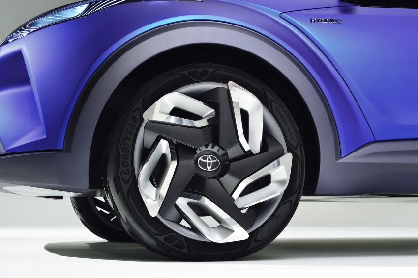 Toyota C-HR Concept: spirit of the RAV4, Prius and 86 Image #277382