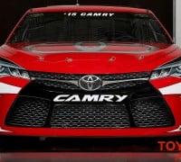 2015_Toyota_Camry_NASCAR_003
