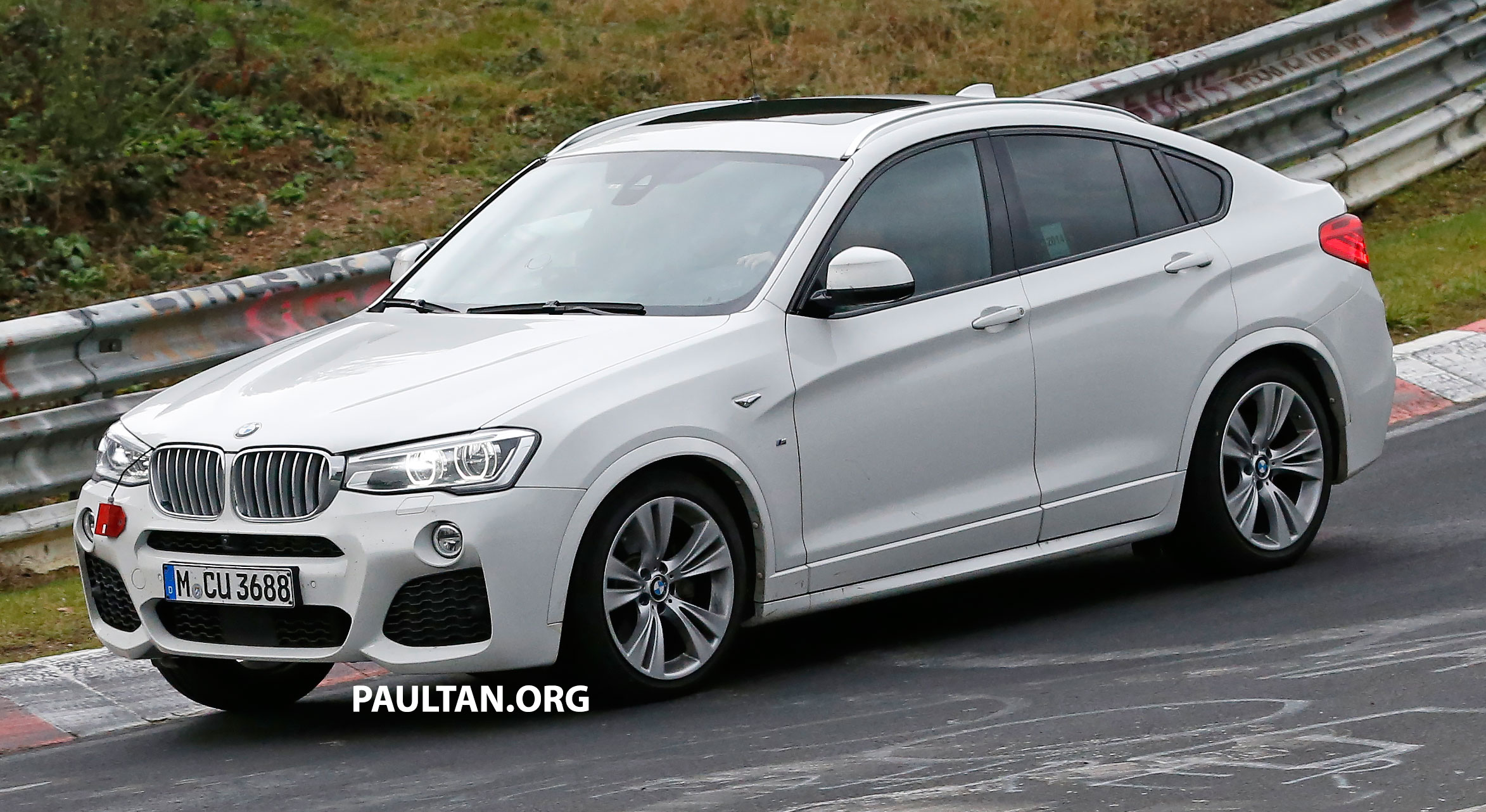 Spyshots bmw x4 m40i caught undisguised image 282706 for Badezimmer 4 x 2 m